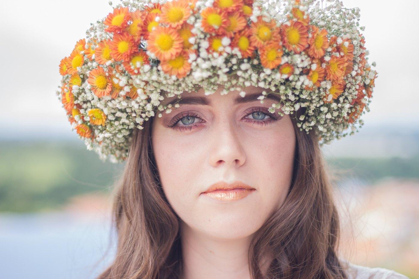 floris femeie cu coronita